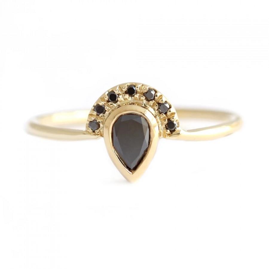 Wedding - 1 Ct Pear Cut Black Diamond Half Halo Engagement Ring In Yellow Gold