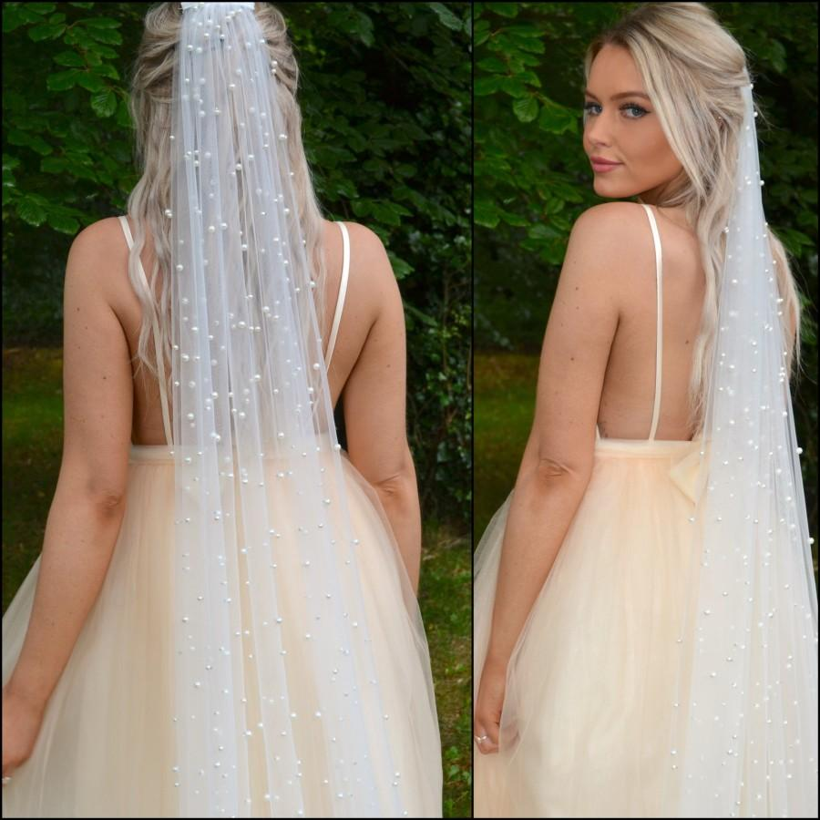 Wedding - Pearl Bridal Veil / Pearl Tulle Wedding Veil on Comb / Choose Your Length / Classic modern bride veil / Raw edge /chapel cathedral fingertip