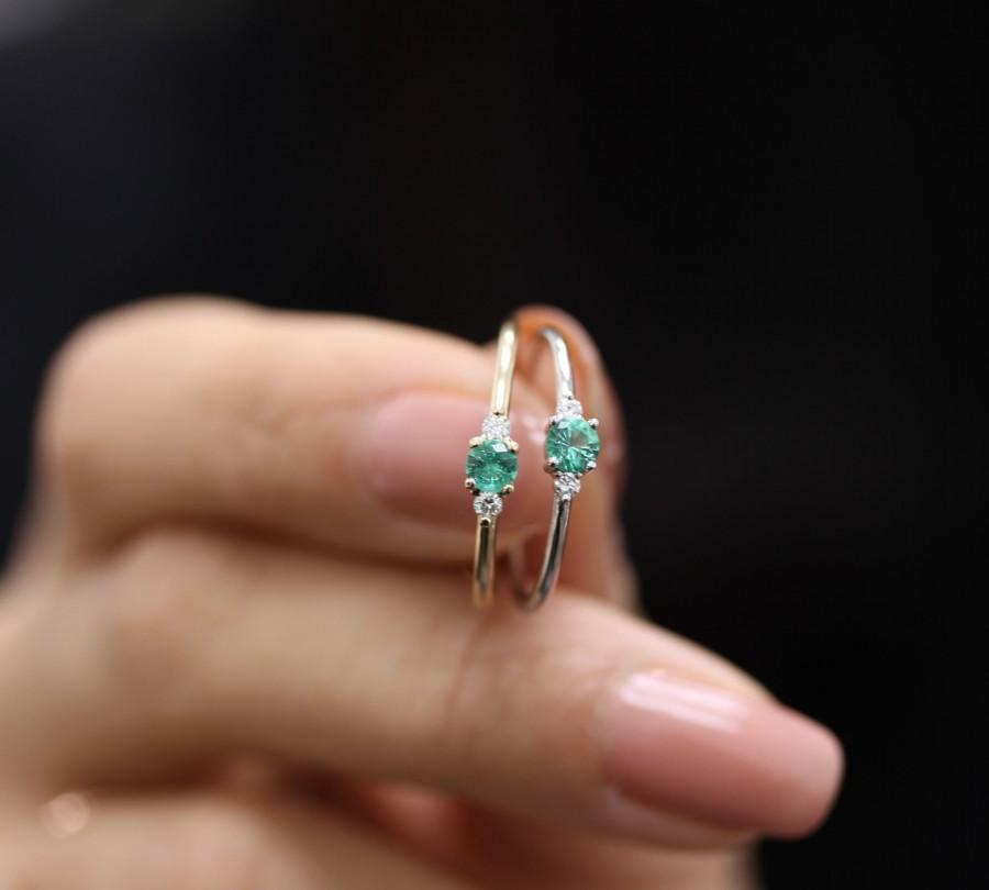 Mariage - Emerald Ring Sapphire Round Diamond 3 Stones Simple Engagement Ring, Round Brillant Diamond,Wedding Gold Diamond Ring