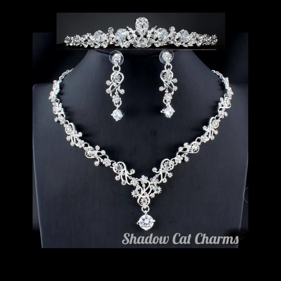 Свадьба - Crystal Bridal Tiara Set, Necklace, Earrings, Floral Vine Bridal Necklace, Crystal Wedding Earrings , 3 Piece Bridal Jewelry Set W02
