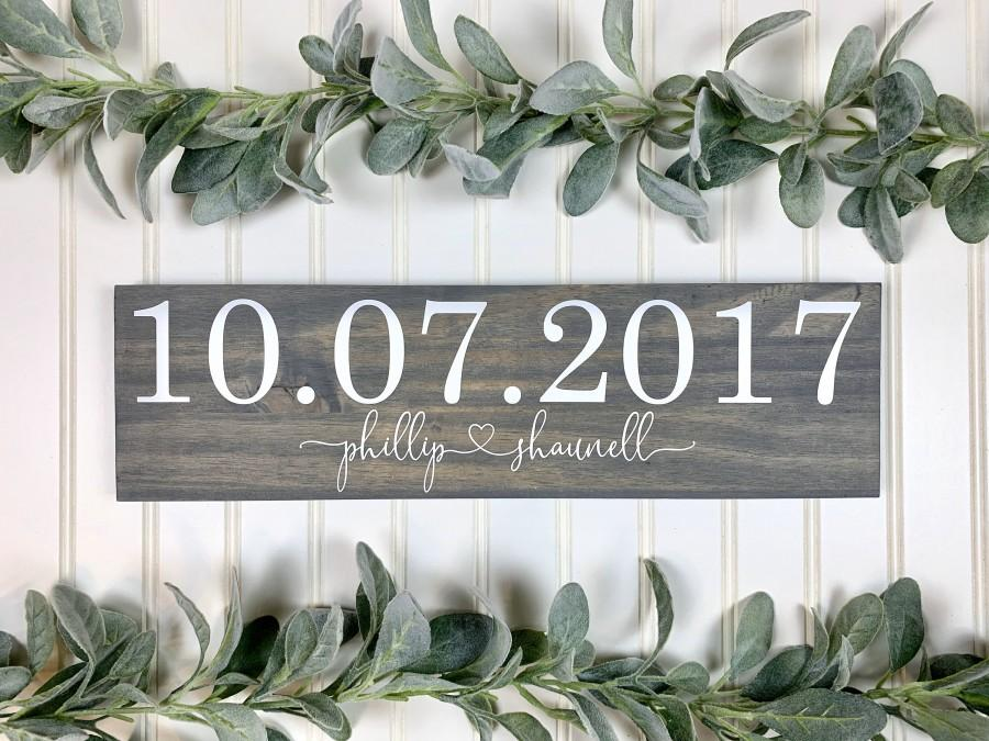 Wedding - Save the Date Sign, Wedding Announcement Sign, Engagement Photo Prop, Rustic Wedding Decor