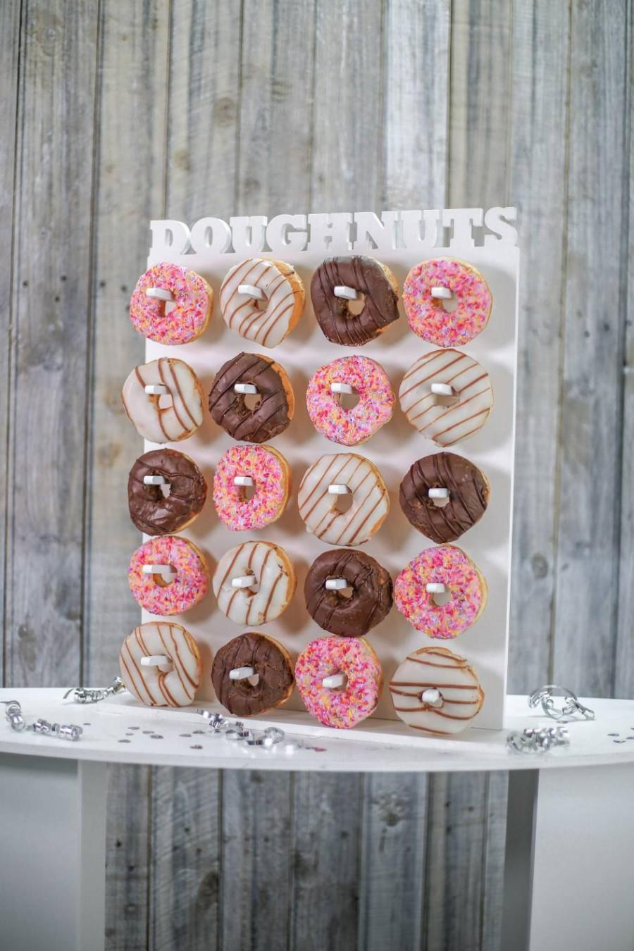 Свадьба - Doughnut Wall Donut Wall White. Various Sizes Available