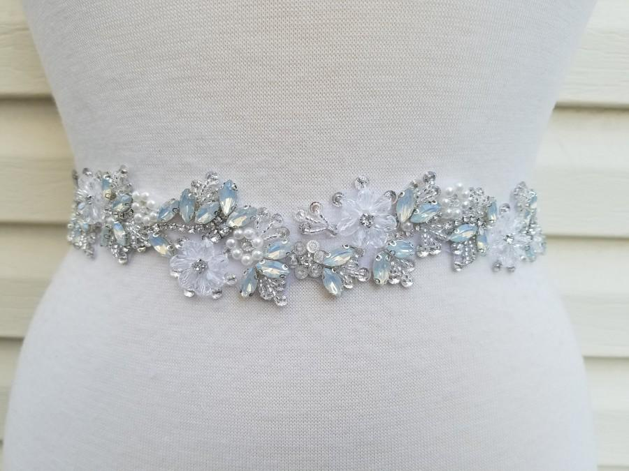 Mariage - SALE - Wedding Belt, Bridal Belt, Sash Belt, Crystal Rhinestone, Light Blue stones  - Style B707500