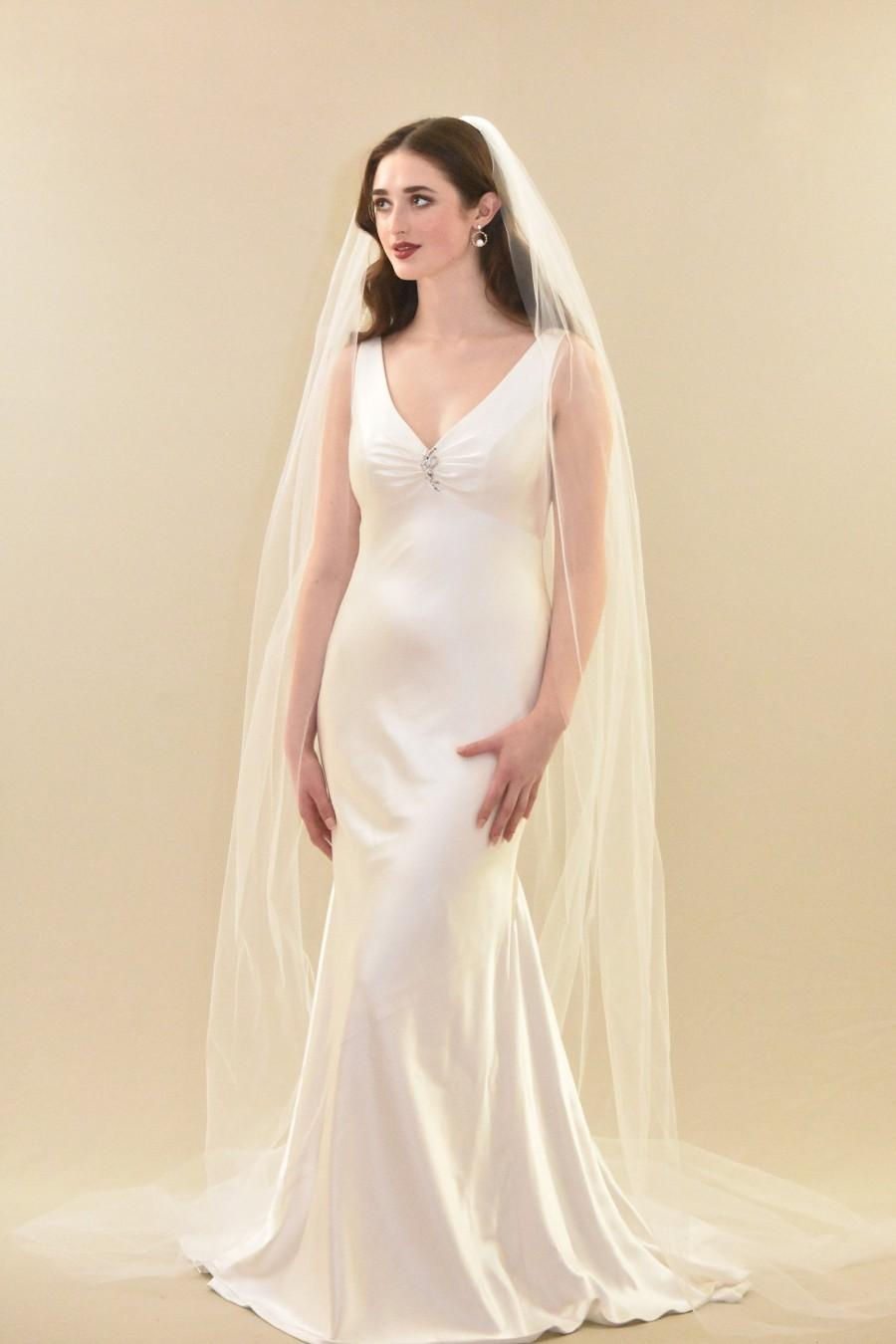 Свадьба - Simple and Elegant Cathedral Length Veil
