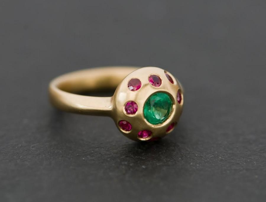 Mariage - Emerald Cluster Ring with Rubies - Emerald and Ruby Engagement Ring in 18K Gold