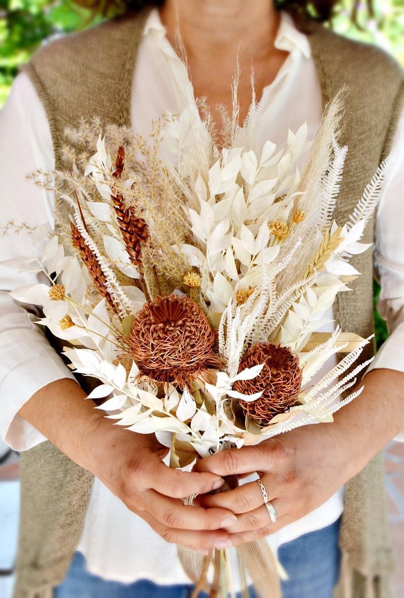 Wedding - Dry Flowers Boho Wedding Bouquet/ Pampas Grass Bride Bouquet/ Bleached Banksia & Palm Arrangement/ Burnt Orange Natural Tones Bouquet