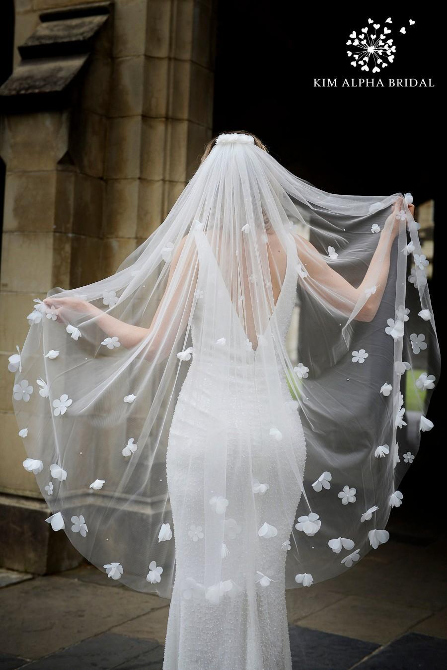 Mariage - AURORA veil, floral veil, flower veil, fingertip veil, glitter veil, sparkle veil, bridal veil, wedding veil, custom veil