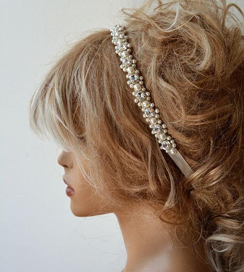 Hochzeit - Wedding Pearl headband, Ivory Pearl Bridal Hair Accessory Rhinestone and Pearl Hair Piece, Bridal Hair Piece, Wedding Hair Accessories