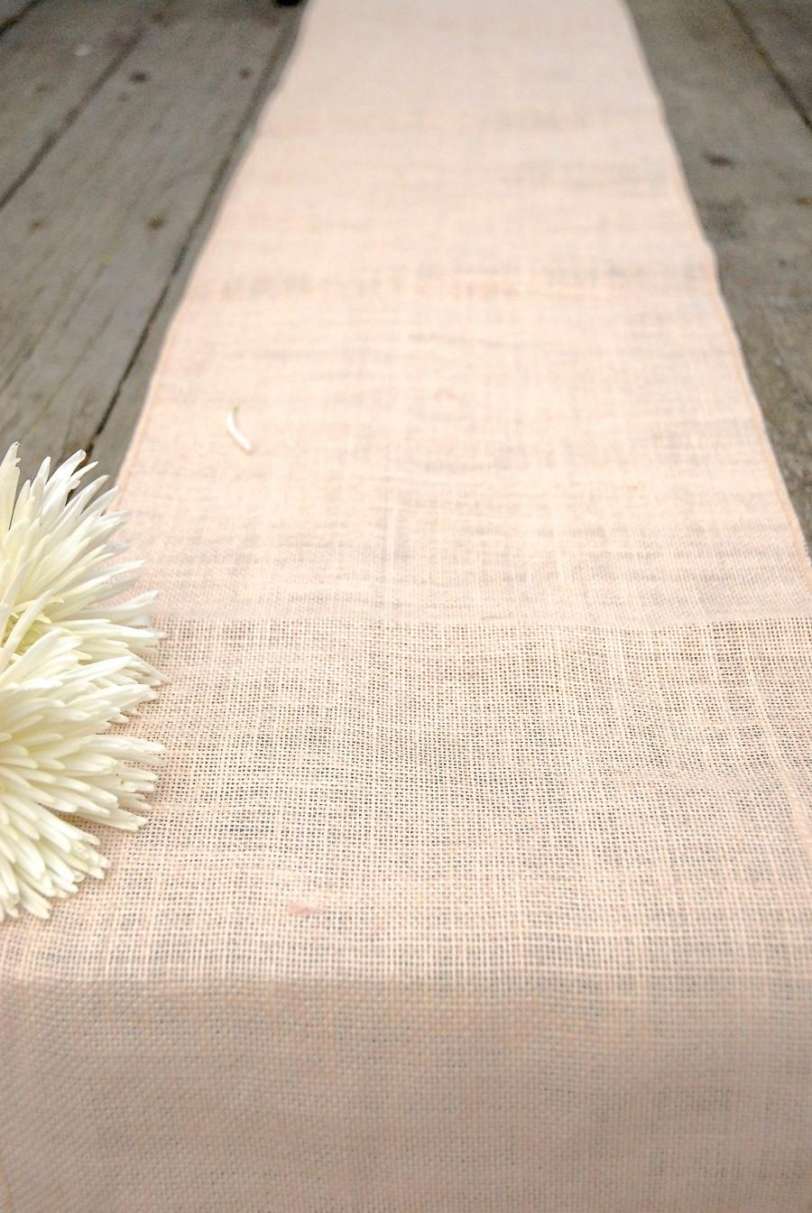 "Свадьба - Blush Burlap Table runner, Pastel Pink 14""x108"" Country, Shabby Chic, Rustic, Baby Shower, Bridal, Mothers Day, Wedding, Dusty Rose"