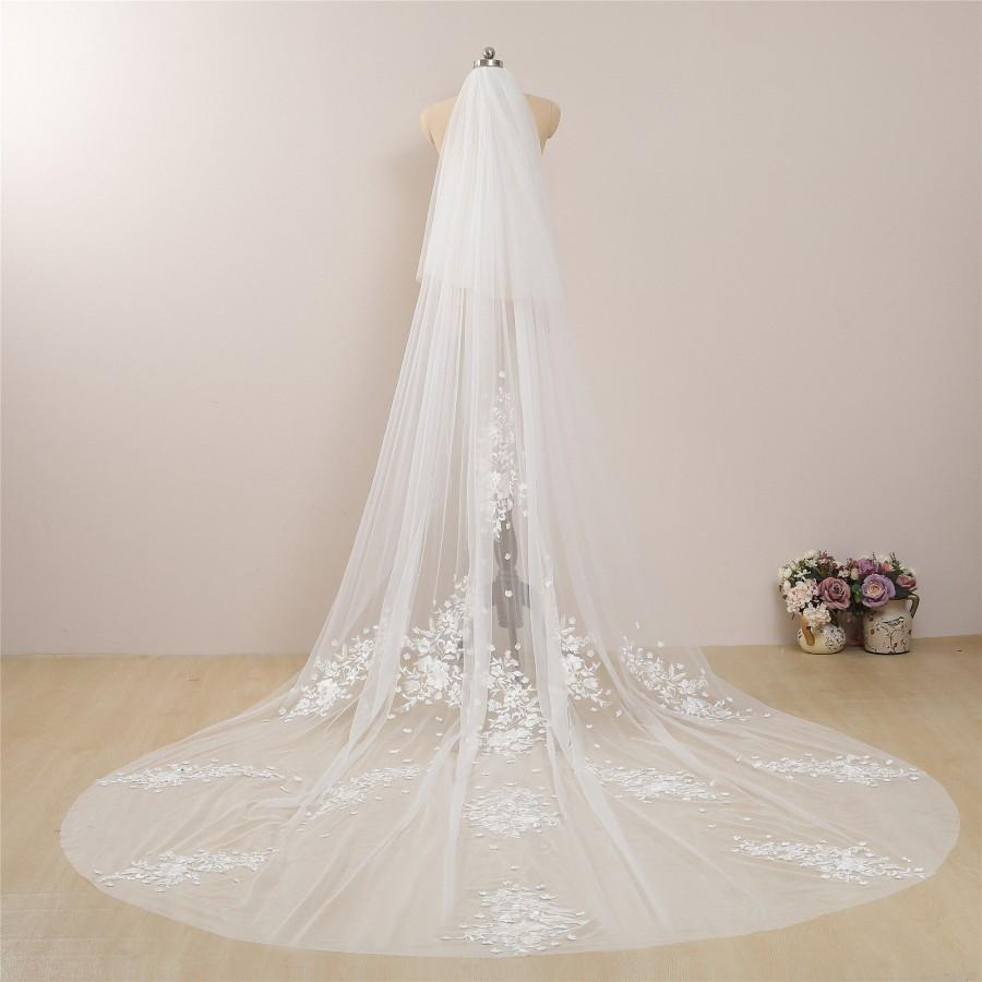 Mariage - Vintage Ivory Wedding Veil with Champagne Floral Lace Cathedral Bridal Veils Celestial Wedding Flower Veil Two Tier Chapel Length Lace Veil