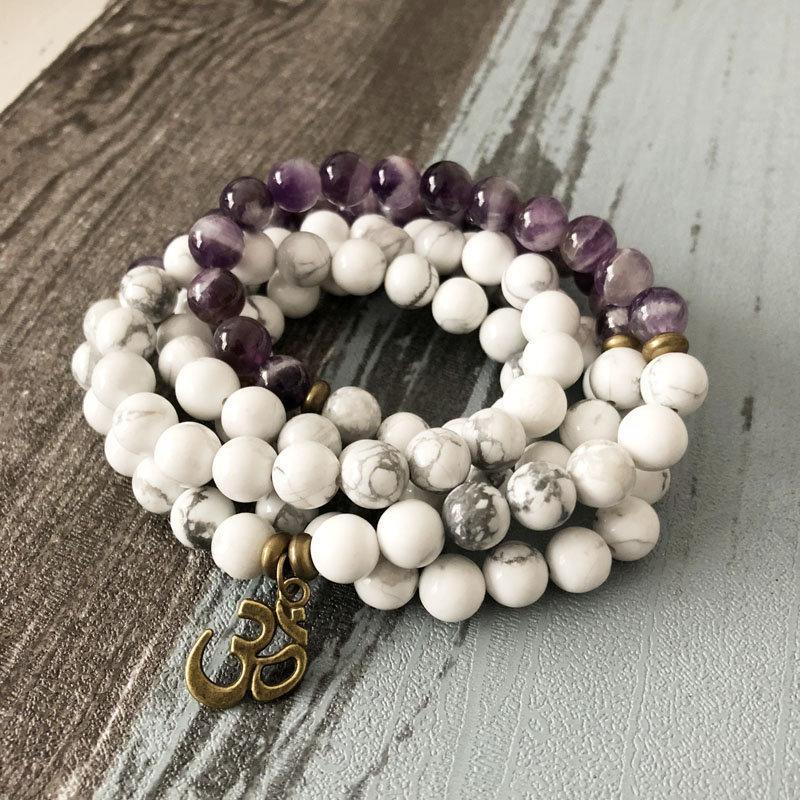 Hochzeit - 108 Howlite Mala Beads Necklace-Amethyst Stone Mala Bracelet-White Beaded Crystal Healing Stone Bracelet-Yoga Meditation Balance Bracelet