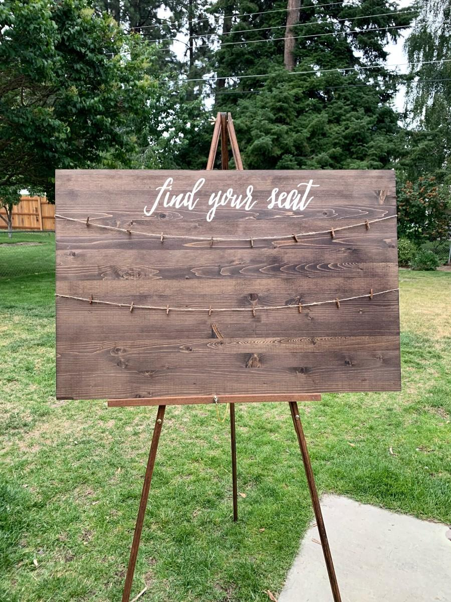 Mariage - Large Find Your Seat Handcrafted Wedding Sign // Handpainted Wedding Seating Sign // Seating Chart Sign