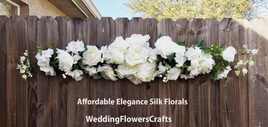 Mariage - White Cream Wedding Arch Swag, Wedding Backdrop, Hanging Flowers, Table Runner, Silk Flowers Arch, Wedding Arch Flowers, Wedding Garland