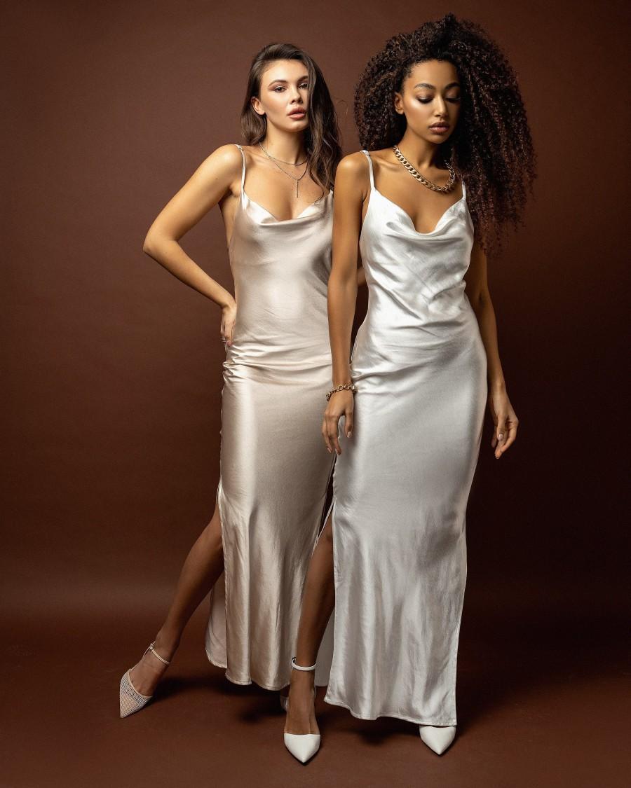 Mariage - Dress wedding Champagne bridal dress Silk slip dress Bridesmaid dress White satin dress  Maxi beach dress White silk dress for women Gown