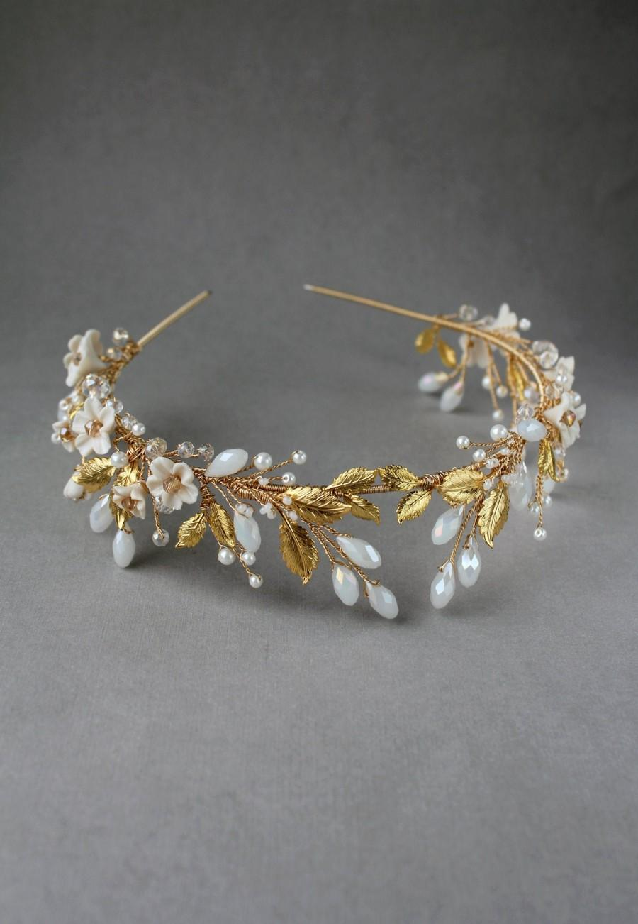 Mariage - Bridal Boho tiara, Gold flower crown, Silver Gold tiara, Crystal diadem