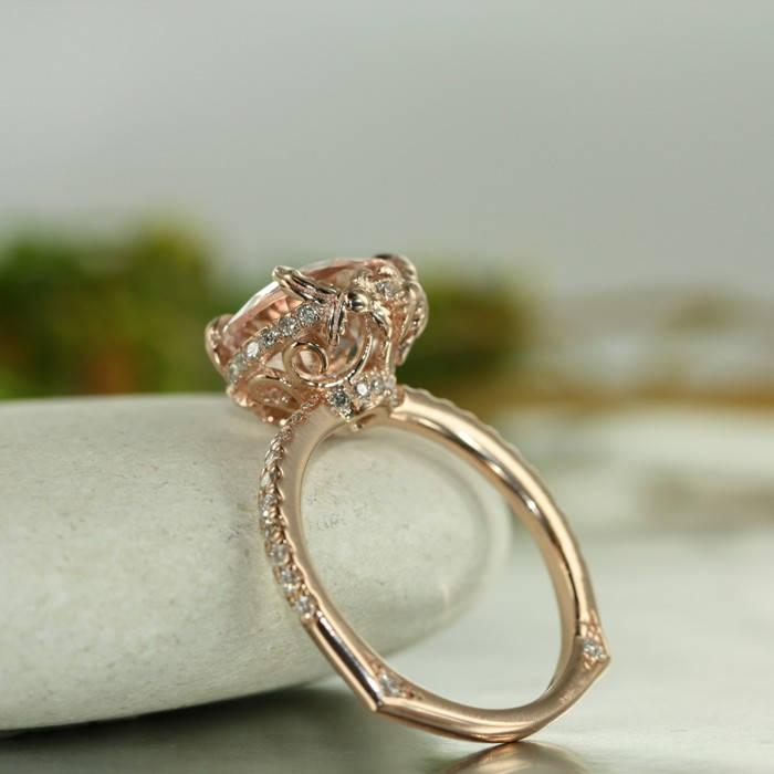 Mariage - Love Flow-10MM Round Morganite and VS Diamond in 14K Rose Gold Engagement Ring Single Claw Prong Setting and Euro Style Shank