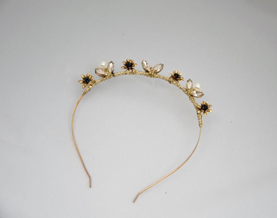 Wedding - Modern wedding headpiece, Wedding crown, gold bridal headpiece, pearl beaded crown, bridal hair piece, wedding hair accesory Olivia