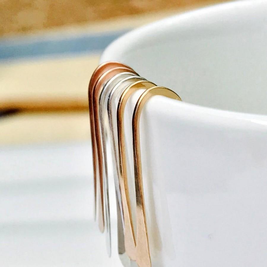 Hochzeit - Small Minimalist Earrings. Modern Threader Earrings. Minimalist Threader Earrings. Small Threader Earrings. Dainty Threader Earrings.