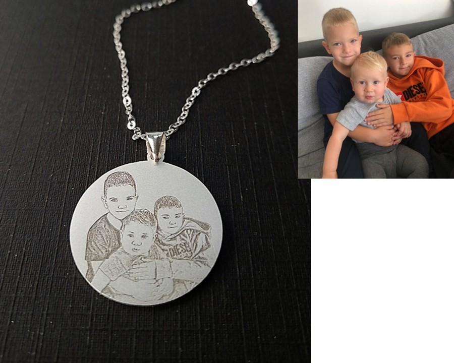 Свадьба - Custom Necklace,Cat Dog Picture Necklace Pendant,Pet Portrait Necklace,Engrave Photo Necklace,Mother Day Gift,Photo Necklace,Picture Pendant
