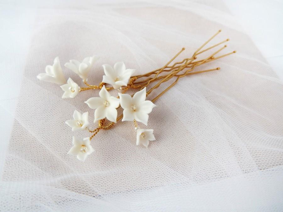 Mariage - Bridal floral hairpins Wedding white hair piece Bridal flowers hair piece Flower hair pins Rustic hair piece
