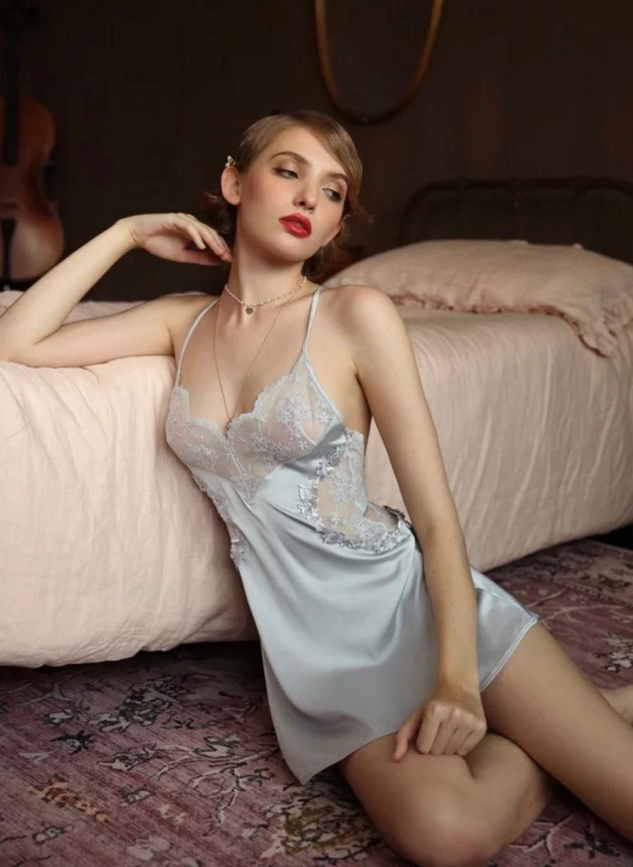 Hochzeit - Women Nightgown~Silk Nightgown~Lingerie Erotic~Silk Slip~ Bridal Lingerie Wedding Night~ Bride Lingerie Dress~ Lingerie Babydoll~ Lingerie
