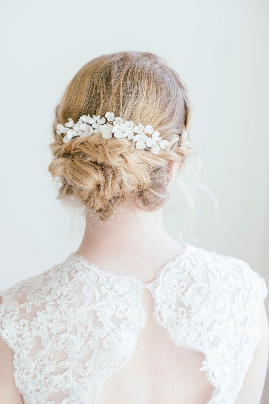 Свадьба - Bridal Floral Hair Comb, Ivory Flower Hair Comb, Bridal Hair Flower, Flower Hair Vine, White Flower Comb, Gold Flower Hair Comb