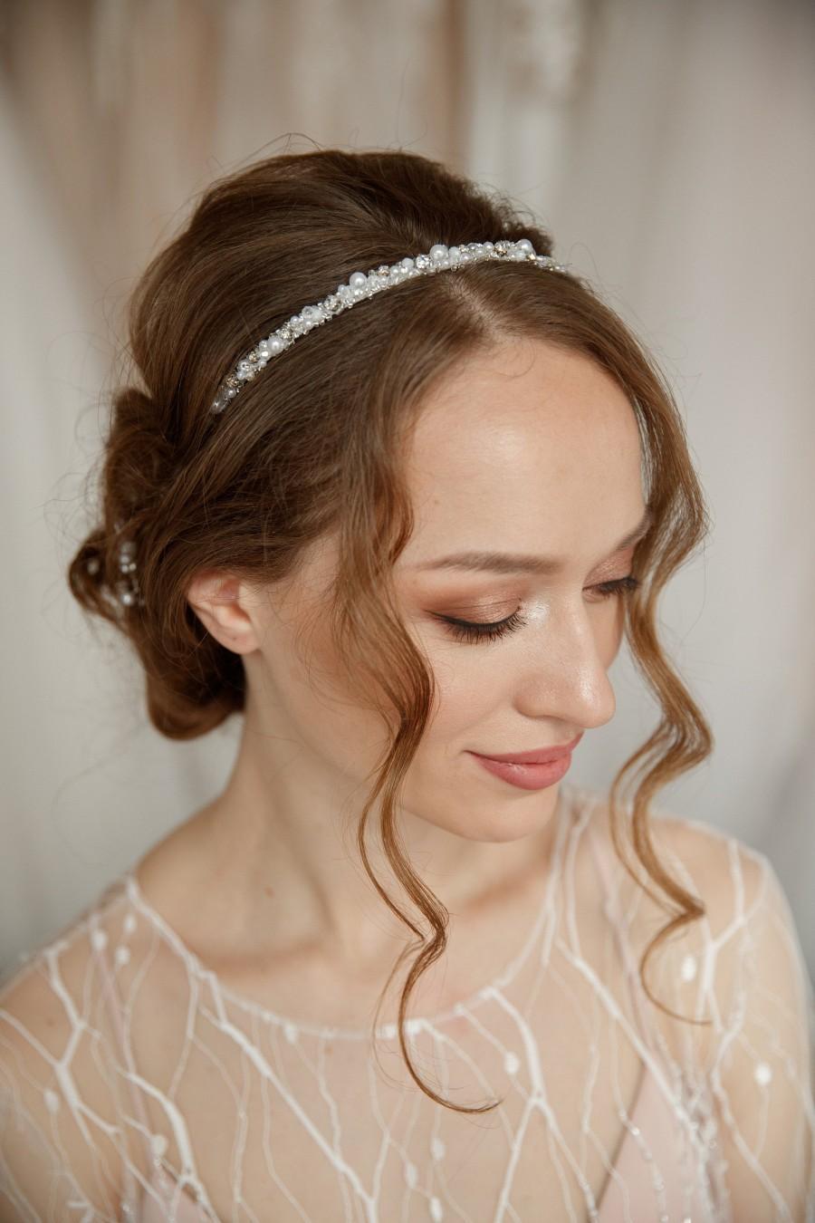 Свадьба - Pearl Bridal Headband, Boho Wedding Hair Piece, Bridesmaid Headpiece