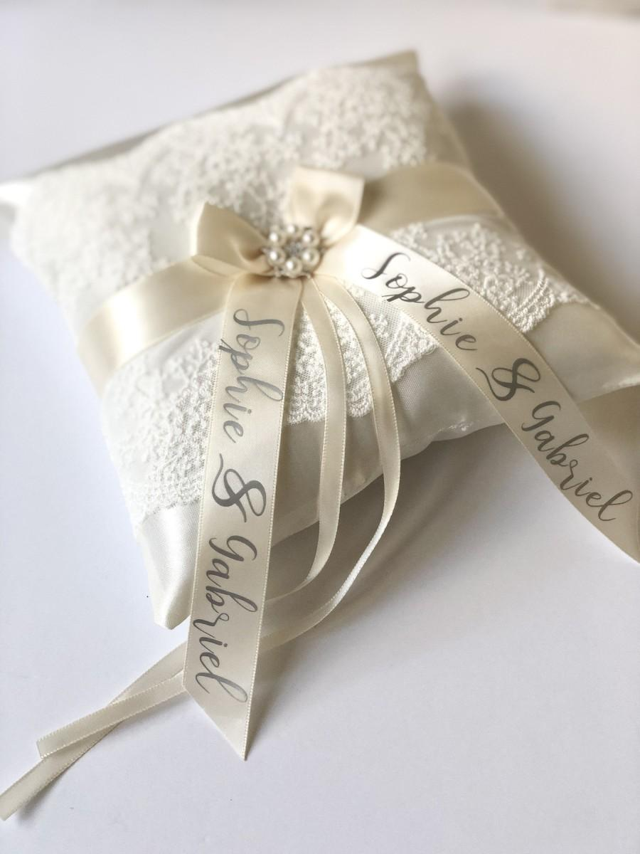 Mariage - Personalized Ring Bearer Pillow Ivory Wedding Ring Pillow, Personalized Wedding, Ivory Ring Holder, Lace Wedding Pillow, Ring Bearer Gift