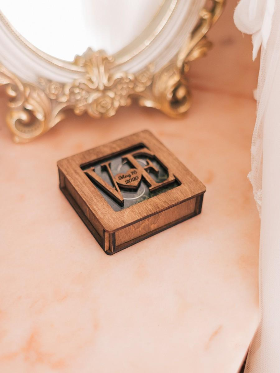 Mariage - Wedding Ring Box From WeddingByEli, Engagement Ring Box, Ring Bearer Box, Wooden Ring Box, Personalized Box, Rustic Ring Box