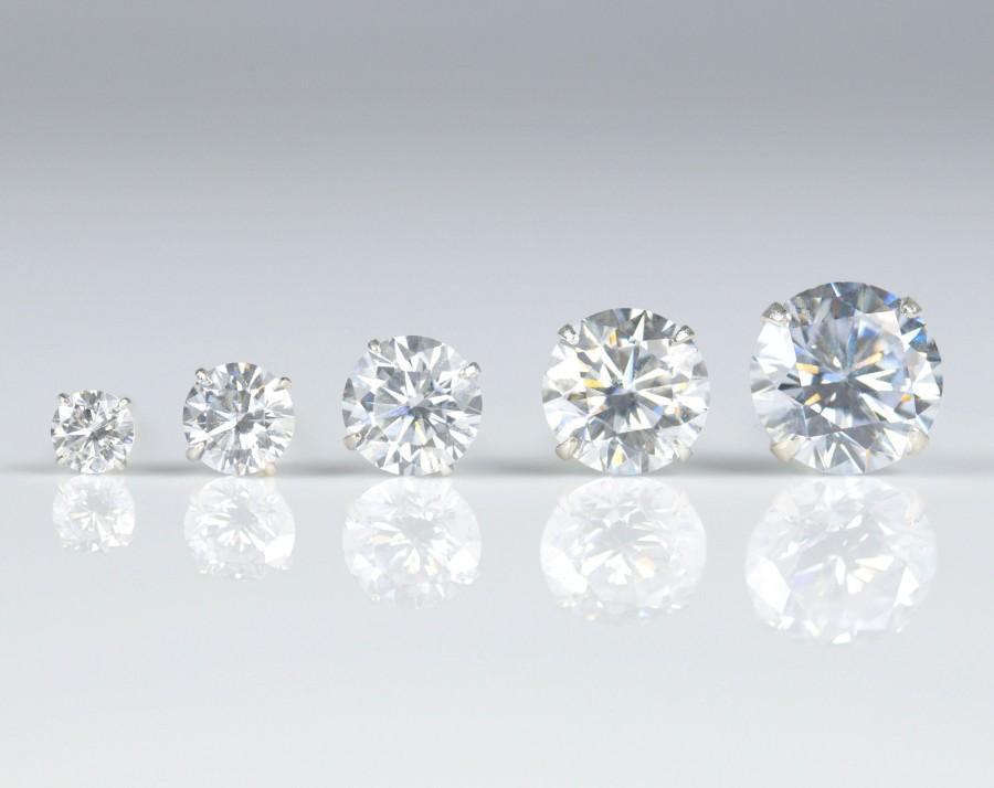 زفاف - Minimalist stud earrings, sterling silver, small earrings, dainty studs, gold earrings, diamond earrings, 3-7mm studs, cubic zirconia