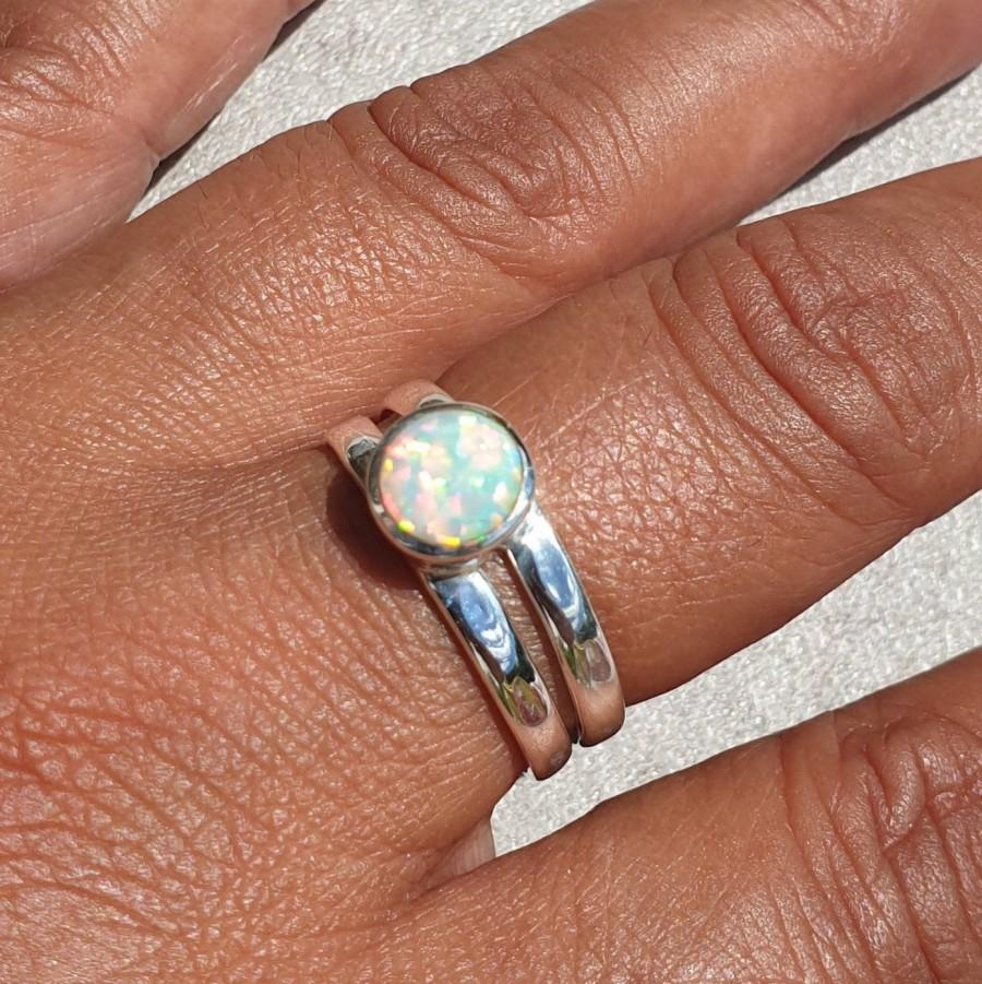 زفاف - White Opal Ring, Silver Boho Ring, October Birthstone Jewellery, Stacking Rings, Silver Gemstone Ring, Boho Jewellery, Mistry Gems, R22WOP