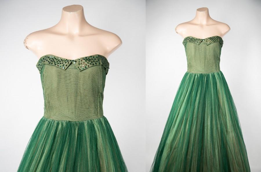 Hochzeit - 1950s green tulle ballgown with sequins