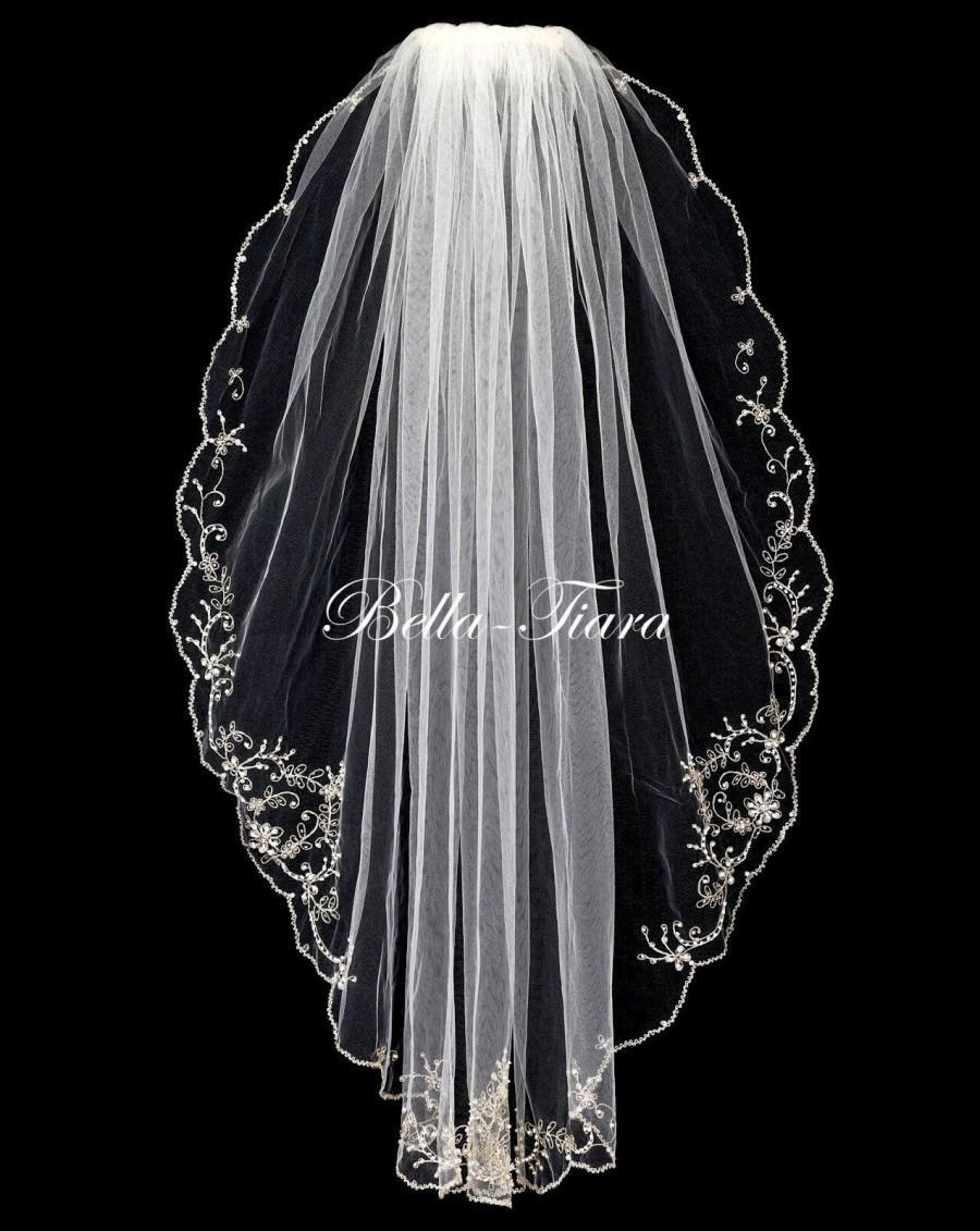 Свадьба - ivory wedding veil, beaded pearl edge beaded veil, crystal beaded wedding veil, Ivory bridal veil, fingertip wedding veil