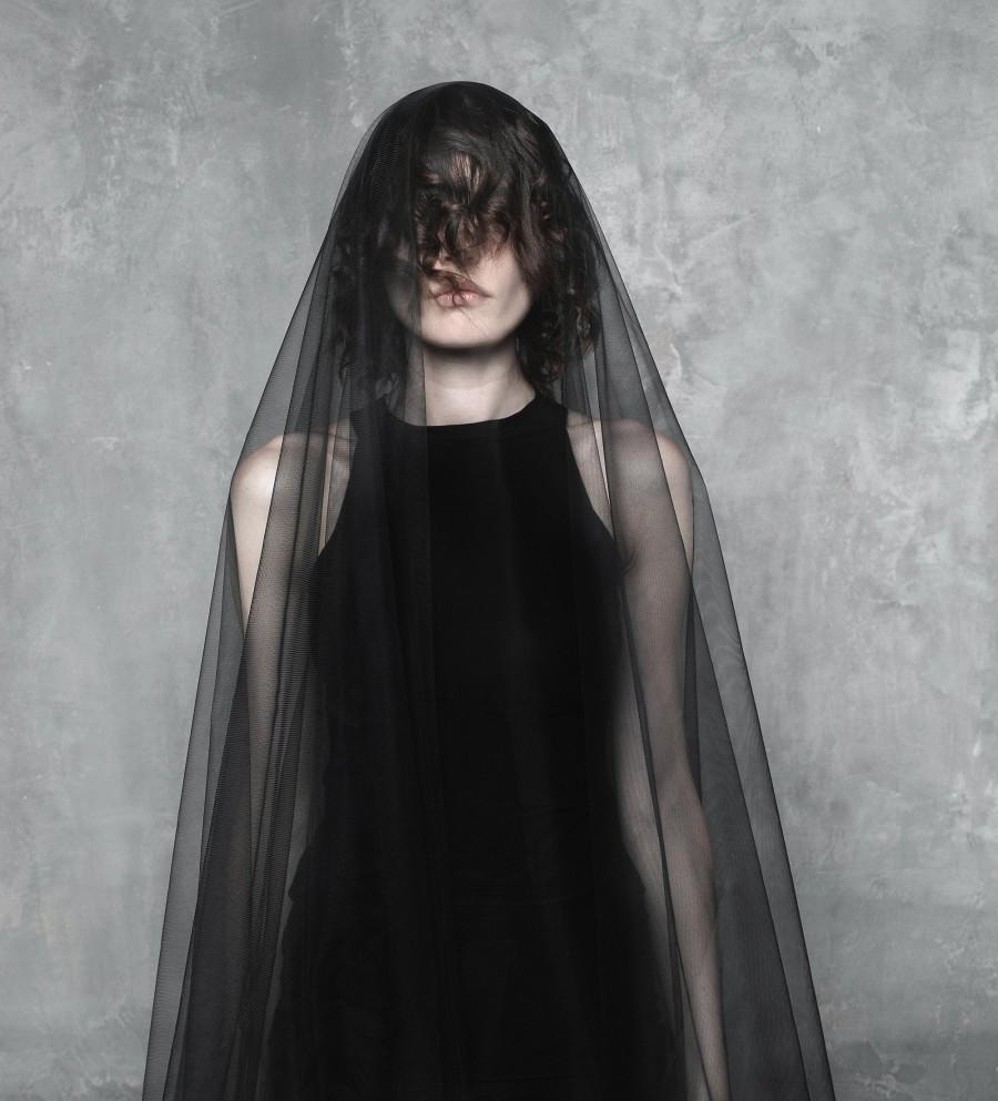Свадьба - Black Goth bridal veil / Black Wedding Veil / sheer drop black veil / soft tulle black Cathedral veil / Alternative veil / mourning veil