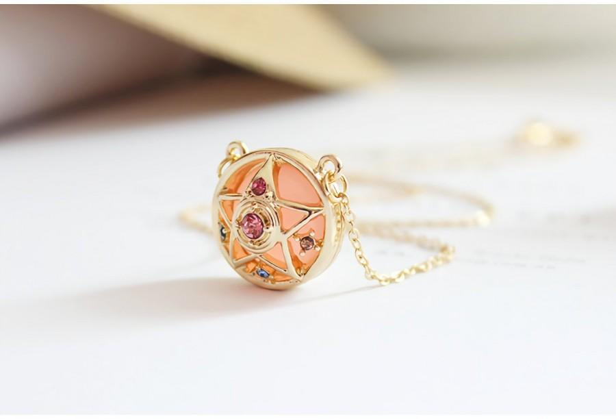 Hochzeit - Sailor Moon Crystal Star Inspired Necklace