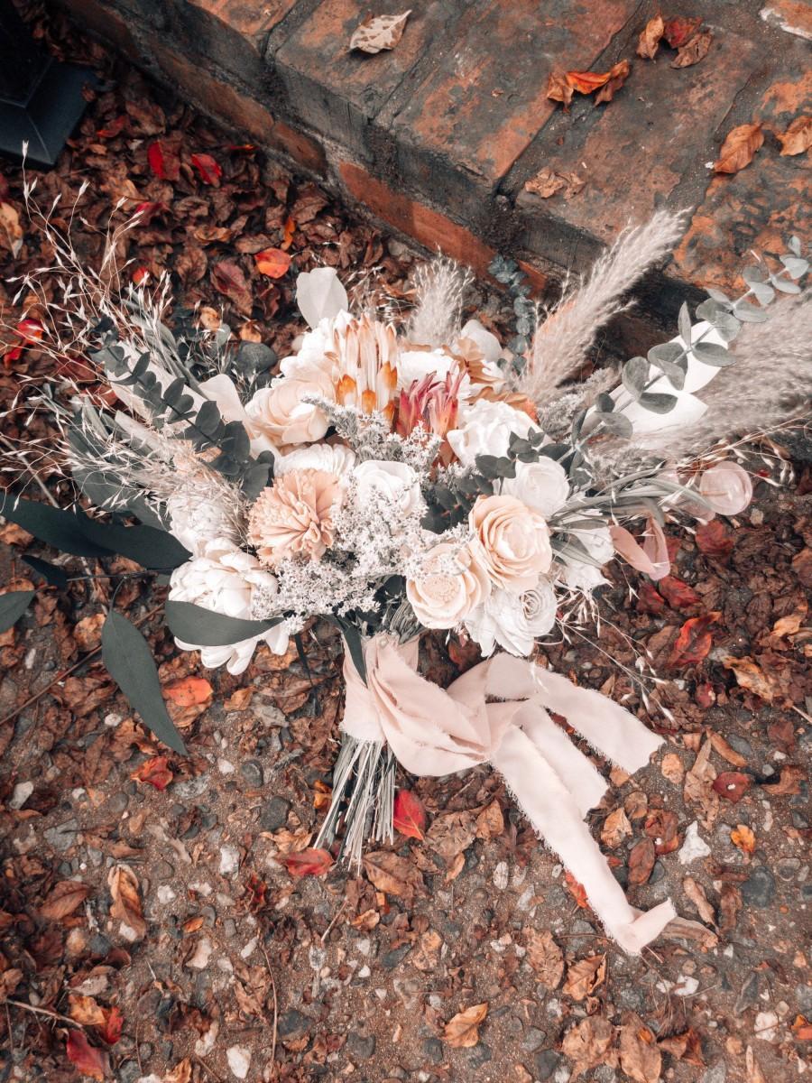 Hochzeit - KATHERINE'S COLLECTION ~ Sola Wood Flower Bouquet ~ Champagne ~ Peach ~ Ivory ~ Forever Flower Bouquet ~ Preserved ~ Eucalyptus Wild Bouquet