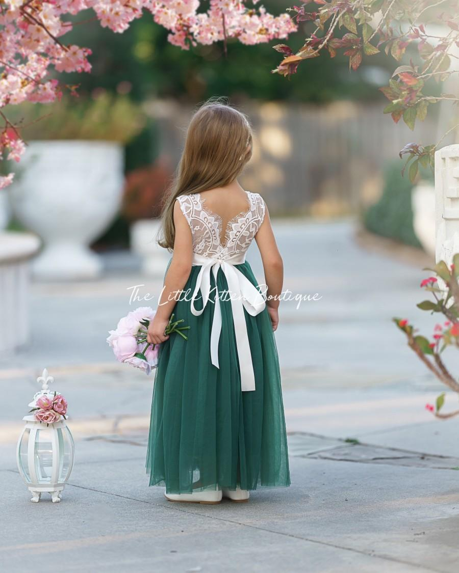 Mariage - Tulle flower girl dress, Lace flower girl dress, sleeveless flower girl dress, rustic flower girl dress, Boho Flower Girl Dress, girls dress