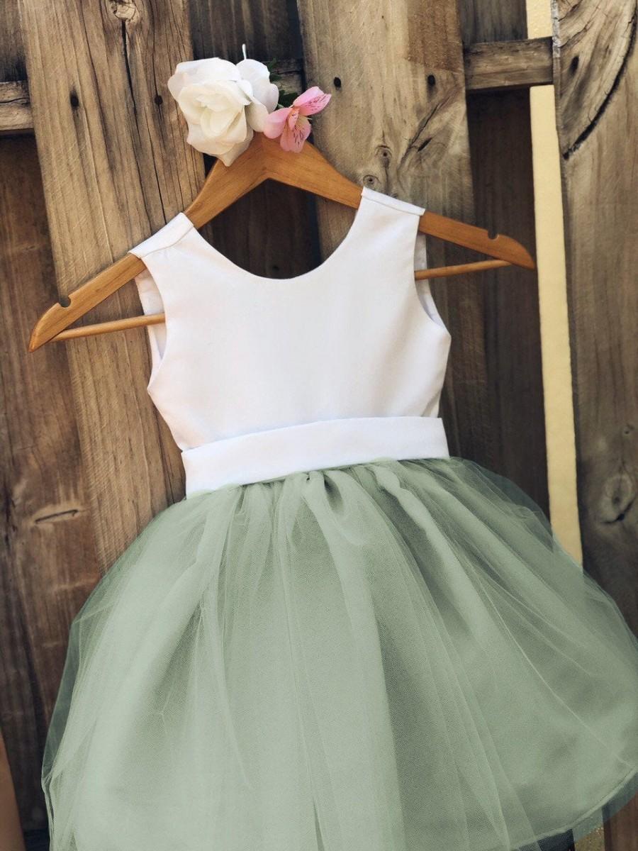 Mariage - Flower Girl Dresses, Elegant Bridal Satin and Tulle Flower Girl Dress for Flower Girls, Baptism and Formal events plus + Sizes & Custom