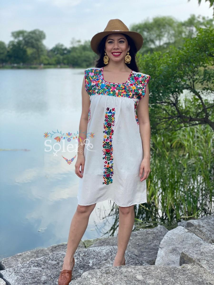 Mariage - Mexican Floral Dress. Hand Embroidered Dress. Artisanal Mexican Dress. Traditional Mexican Dress. Bridesmaid Dress. Mexican Wedding Dress