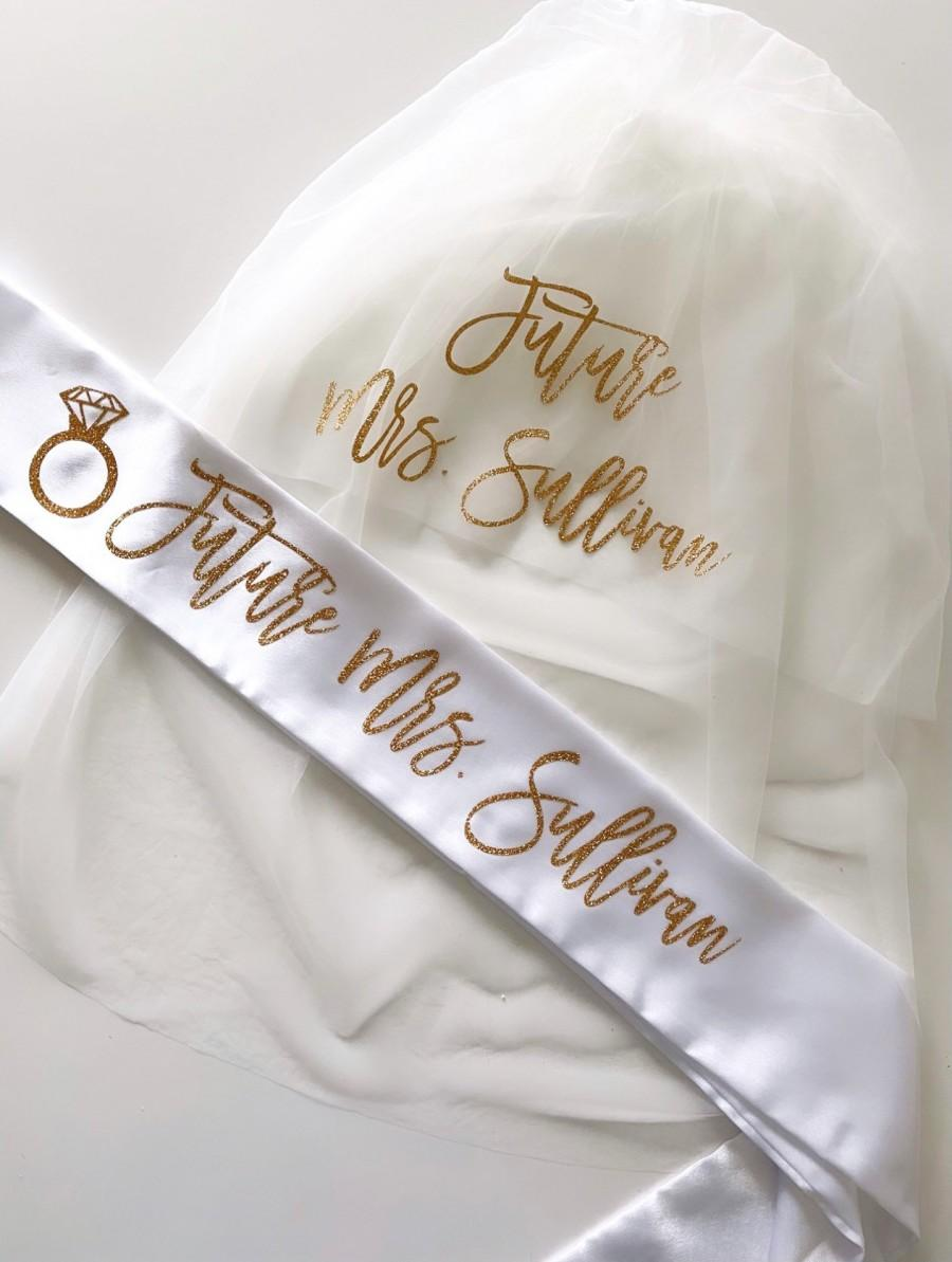 زفاف - Bachelorette Veil and Sash- sash and veil- Future Mrs Veil - Personalized Veil- Bride to Be Sash- Bachelorette Veil- Bridal Shower Veil Sash