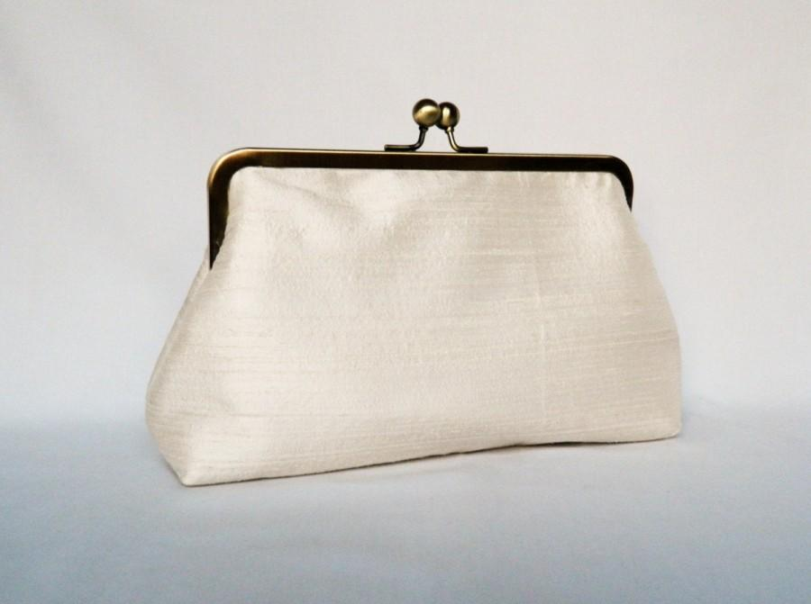 Wedding - Bridal clutch purse, Ivory Silk Clutch Purse, Wedding Clutch Purse, Ivory Silk Clutch, Bridesmaids Clutch