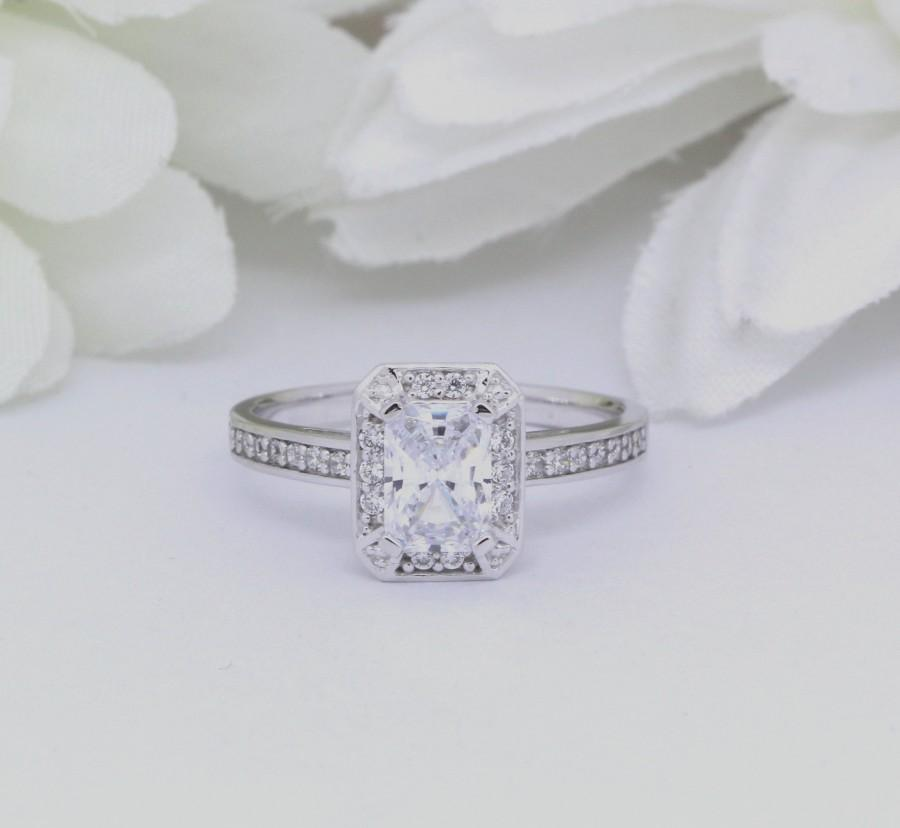 Свадьба - Solid 14K White Gold Vintage Art Deco 1.00ct Halo Wedding Engagement Ring Round Emerald Cut Simulated Diamond Bridal Ring Gold Ring