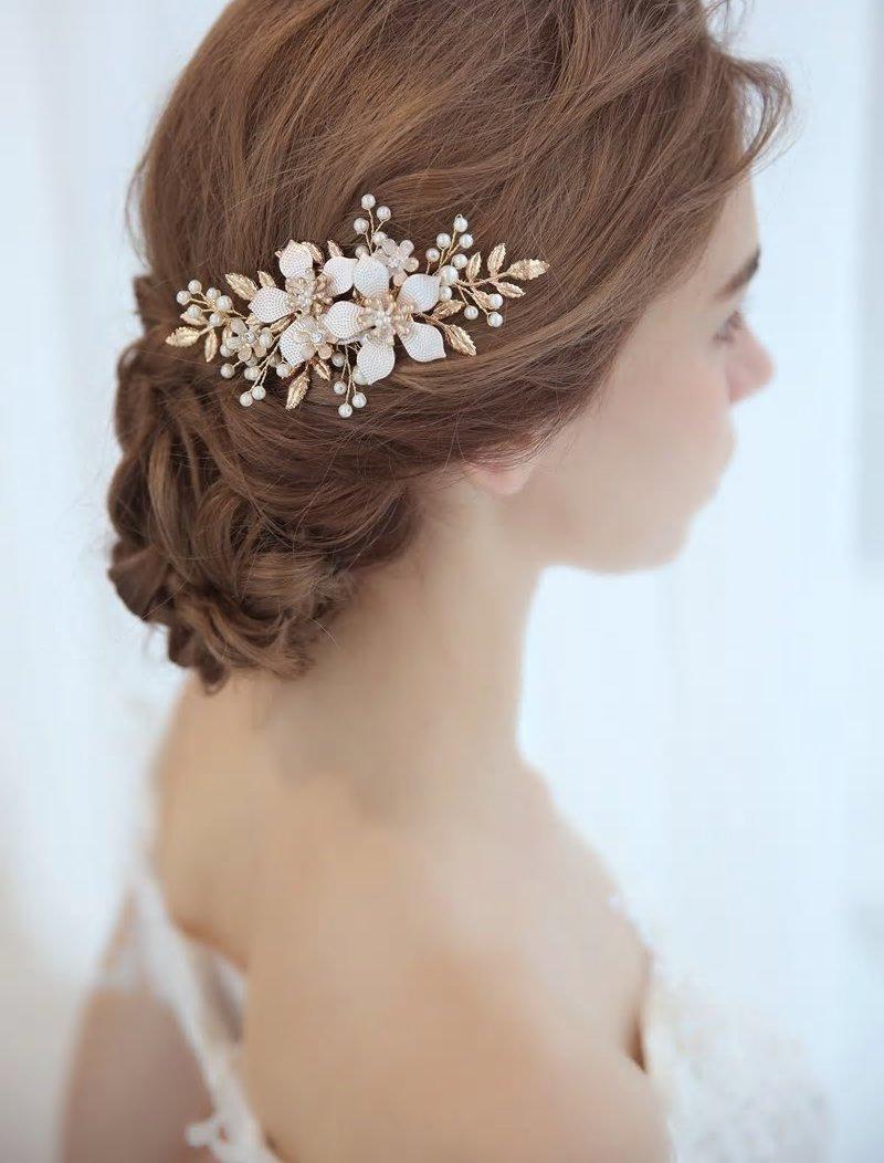 Wedding - Handmade Vintage Style Gold Leaf Floral Pearl Bridal Haircomb