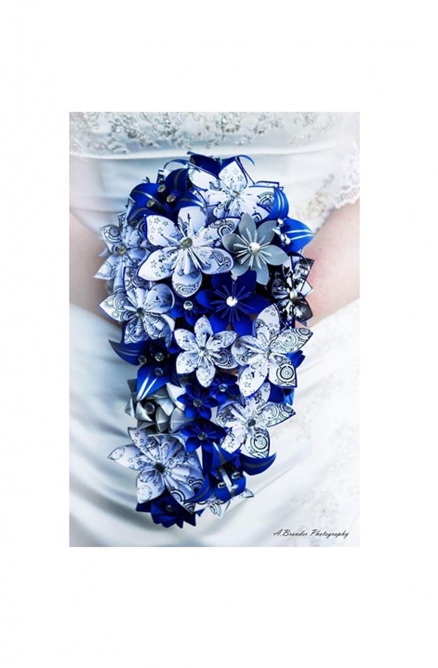 Wedding - Doctor Who Gallifreyan Cascading Paper Flowers Bouquet- Your Choice of Color Scheme, Bridal bouquet, paper roses & lilies origami