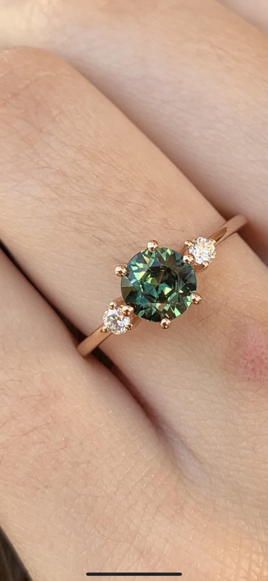 زفاف - Three Stone Teal Sapphire and Diamond Ring, Sapphire Engagement Ring, Parti Sapphire and Diamond Ring - Aviana