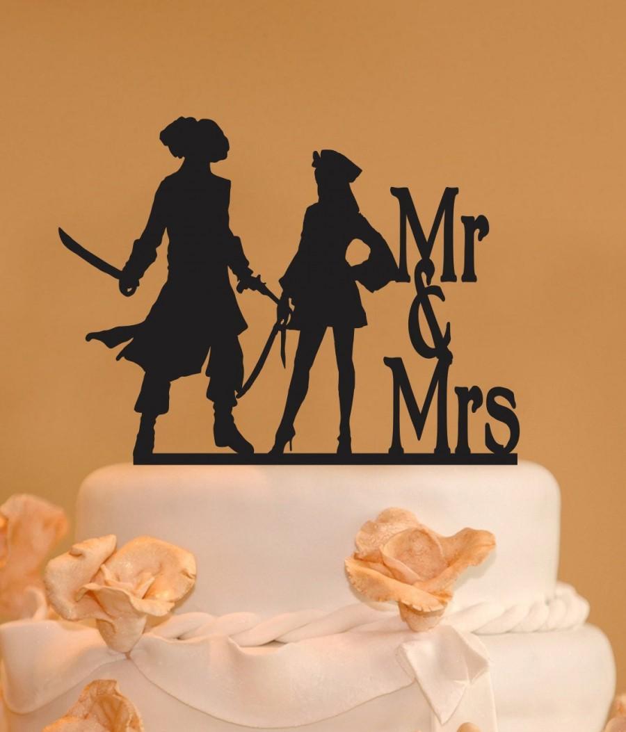 Hochzeit - Pirates wedding cake topper - Custom Mr. and Mrs. Wedding Cake Topper - Pirate cake topper - Woman pirate topper - Mr. & Mrs. pirate topper