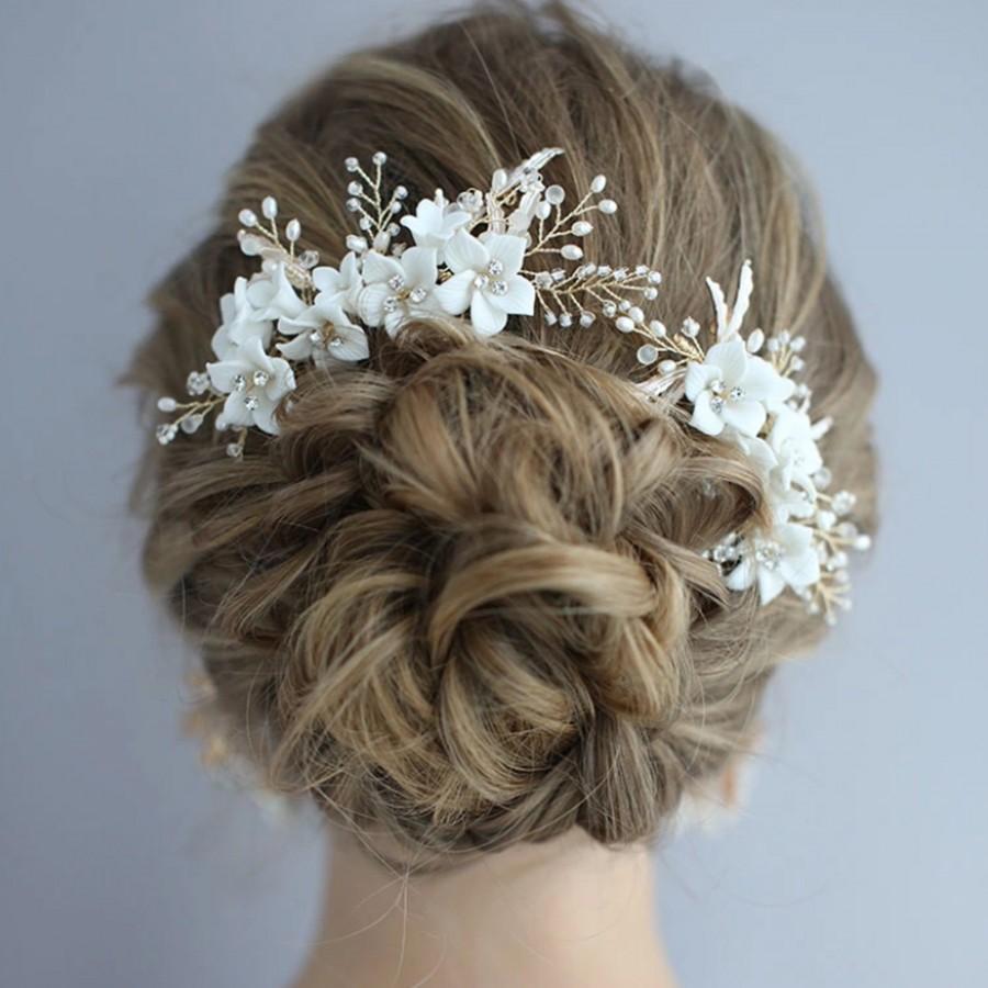 Wedding - White Flower Gold Leaf Wedding Comb,Bridal Comb, Rhinestone, Wedding Hair Accessory, Bridal Hair Accessory, Bridal Hair Comb, Flower Comb