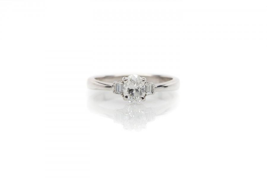 Wedding - Oval Diamond and White Gold Engagement Ring - Miriam's Jewelry