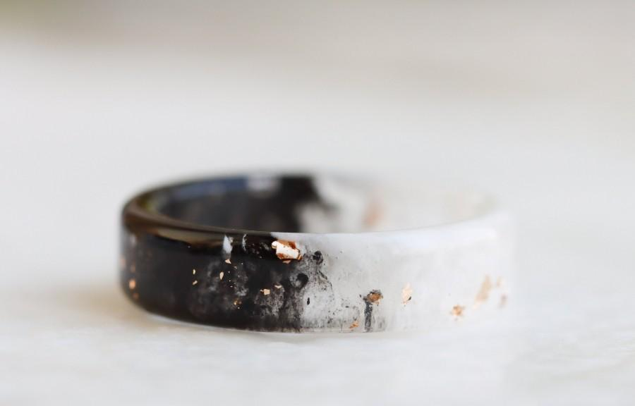 Wedding - Black&White Resin Ring with Gold/Silver/Copper Flakes