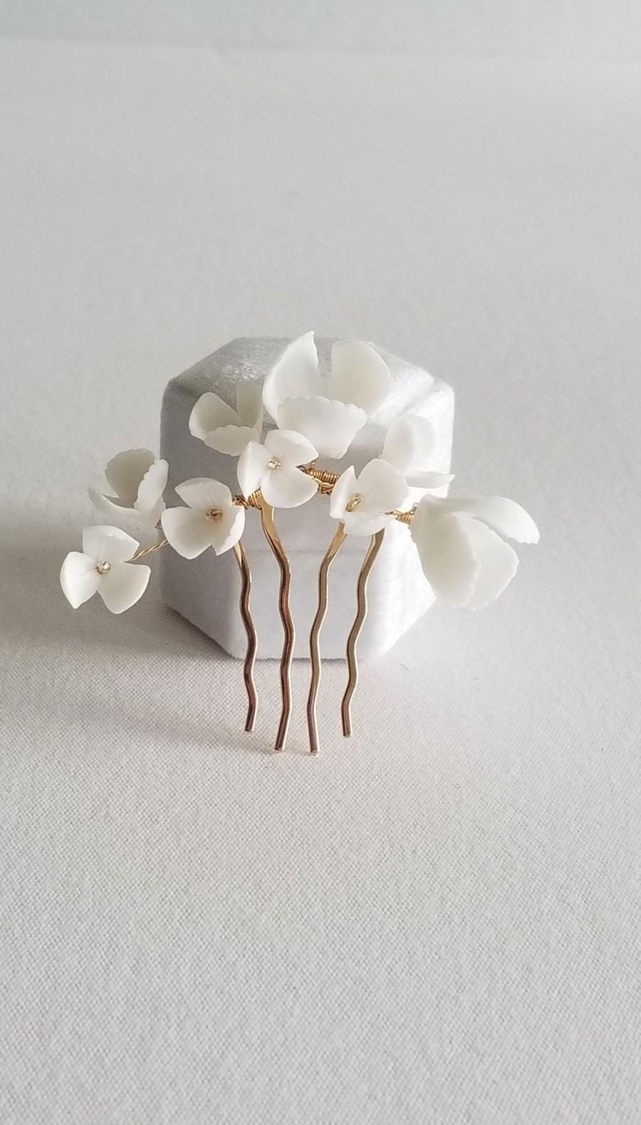 Wedding - Gold Wedding Hair Comb Porcelain Flowers, Small Gold Floral Wedding Hair Comb, Clay Flower Bridal Hair Comb